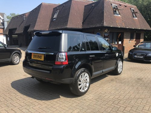 2011 (11) Land Rover Freelander 2 2.2 TD4 HSE Automatic SOLD (picture 3 of 6)