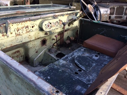 1950 Series 1 80 inch Land Rover for Restoration - Freewheel Box For Sale (picture 4 of 6)