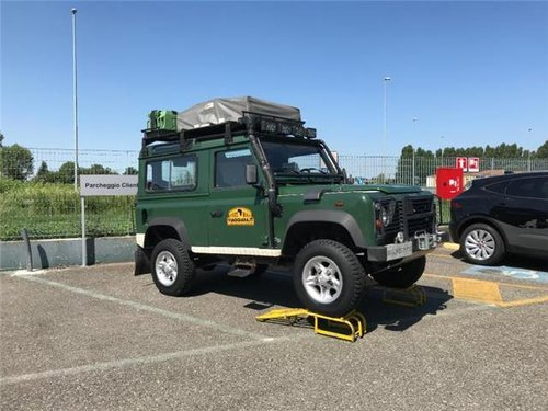 2003 Land rover defender For Sale (picture 1 of 6)