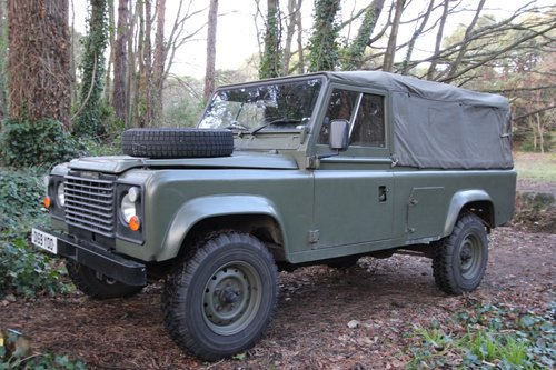 1986 Land Rover Defender 110 Canvas - USA Exportable - 2.5 Diesel For Sale (picture 1 of 6)