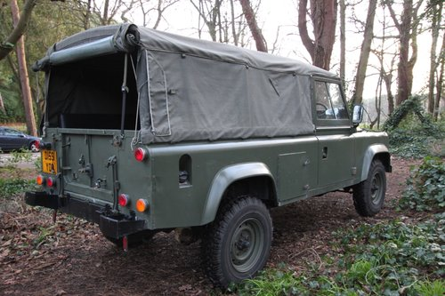 1986 Land Rover Defender 110 Canvas - USA Exportable - 2.5 Diesel For Sale (picture 3 of 6)