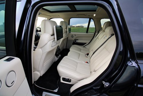2015 Land Rover Range Rover 4.4 SD V8 Autobiography 4X4 5Dr. For Sale (picture 4 of 6)