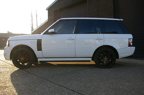 2011 Range Rover 4.4 TD V8 Vogue OVERFINCH GT Auto (56,342 miles) For Sale (picture 2 of 6)