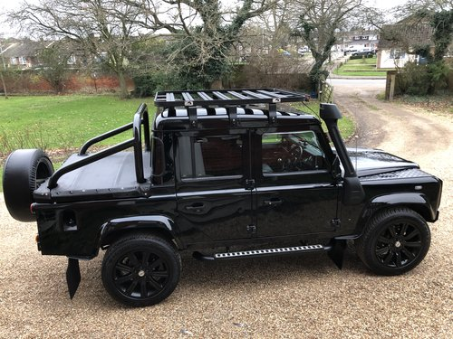 2005 Land Rover Defender 110 TD5 XS Double cab pickup  For Sale (picture 2 of 6)