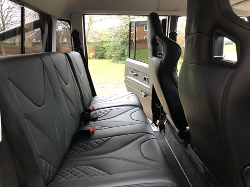 2005 Land Rover Defender 110 TD5 XS Double cab pickup  For Sale (picture 5 of 6)