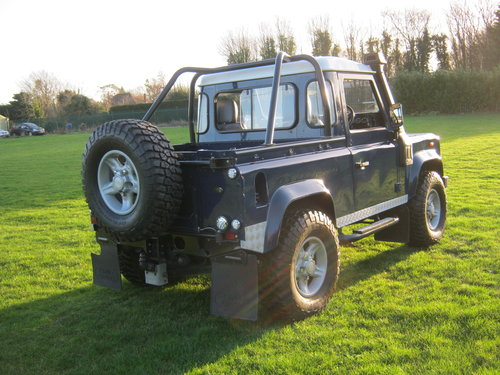 2002 LAND ROVER 90 TD5 DEFENDER. A GREAT LANDY! SOLD (picture 4 of 6)