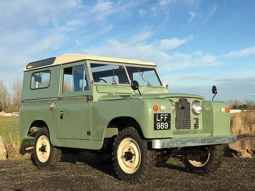 1961 Land Rover 88 SOLD by Auction (picture 1 of 6)