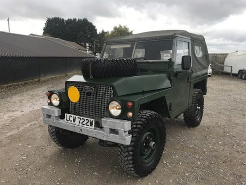 1981 Land Rover ® Lightweight *Galvanised Chassis 200tdi* (LCW) SOLD (picture 2 of 6)
