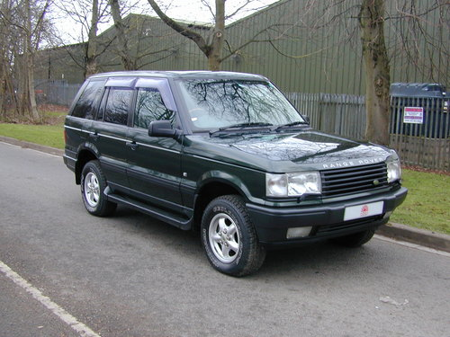 1999 RANGE ROVER P38 4.0 - RHD -VERY HIGH SPEC - JUST 49k! MILES! For Sale (picture 1 of 6)
