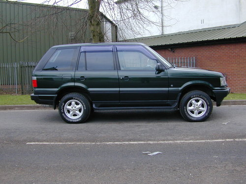 1999 RANGE ROVER P38 4.0 - RHD -VERY HIGH SPEC - JUST 49k! MILES! For Sale (picture 2 of 6)
