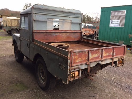 1957 Series 1 86 inch Land Rover for Restoration - Great Patina For Sale (picture 2 of 6)