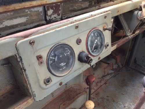 1957 Series 1 86 inch Land Rover for Restoration - Great Patina For Sale (picture 4 of 6)