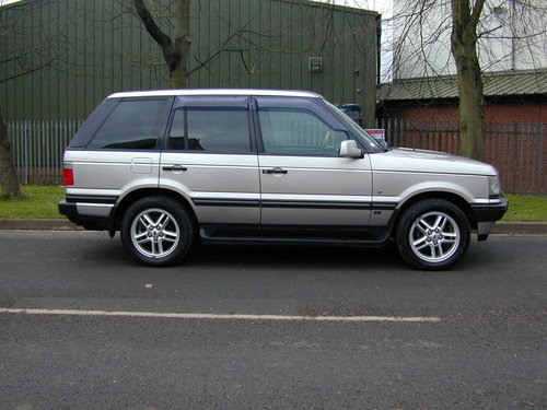2001 RANGE ROVER P38 4.6 HSE RHD - COLLECTOR QUALITY! For Sale (picture 2 of 6)