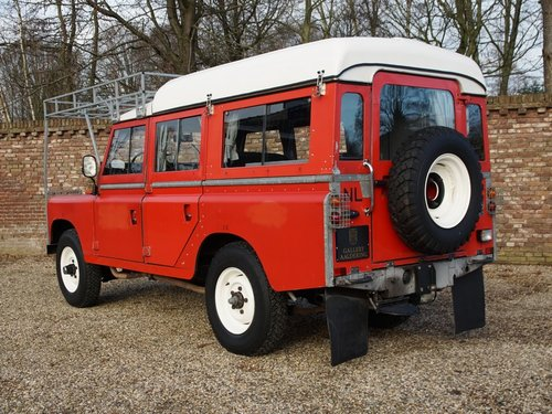 1976 Land Rover 109 2.6 six cylinder Series 3 LHD Dormobile campe For Sale (picture 2 of 6)