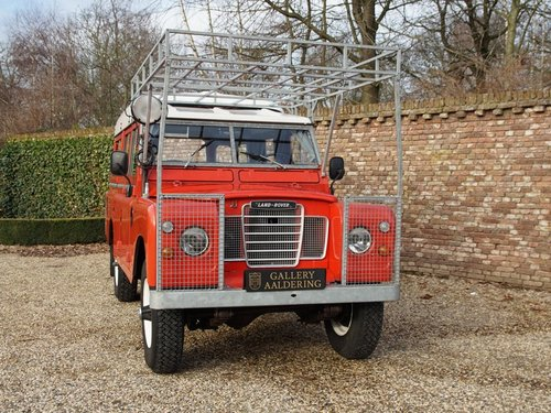 1976 Land Rover 109 2.6 six cylinder Series 3 LHD Dormobile campe For Sale (picture 5 of 6)
