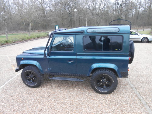 1998 Land Rover Defender 50th Anniversary Edition For Sale (picture 2 of 6)