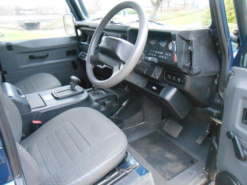 1998 Land Rover Defender 50th Anniversary Edition For Sale (picture 5 of 6)