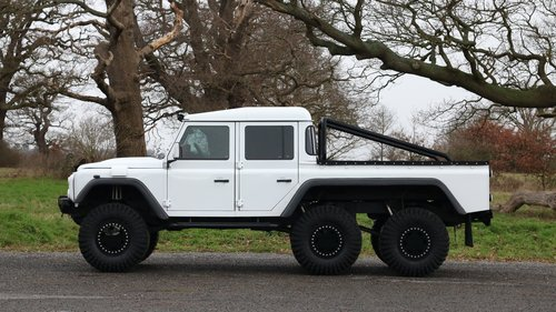 2015 Land Rover Defender 6x4 | 6 Wheel Conversion For Sale (picture 2 of 6)