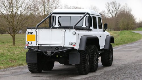 2015 Land Rover Defender 6x4 | 6 Wheel Conversion For Sale (picture 3 of 6)