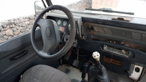 1992 LAND ROVER DEFENDER 110 LHD 200TDI For Sale (picture 5 of 6)