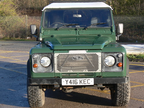 2001 Low Milage Land Rover Defender 90 with 12 mths MOT SOLD (picture 1 of 6)
