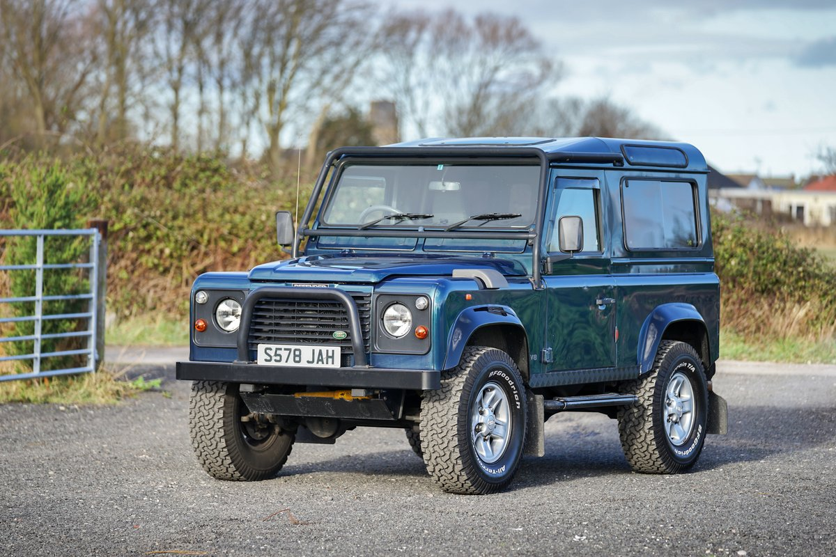 1998 Land Rover Defender 90 50th Anniversary Edition 4.0 V8 Auto SOLD (picture 2 of 6)