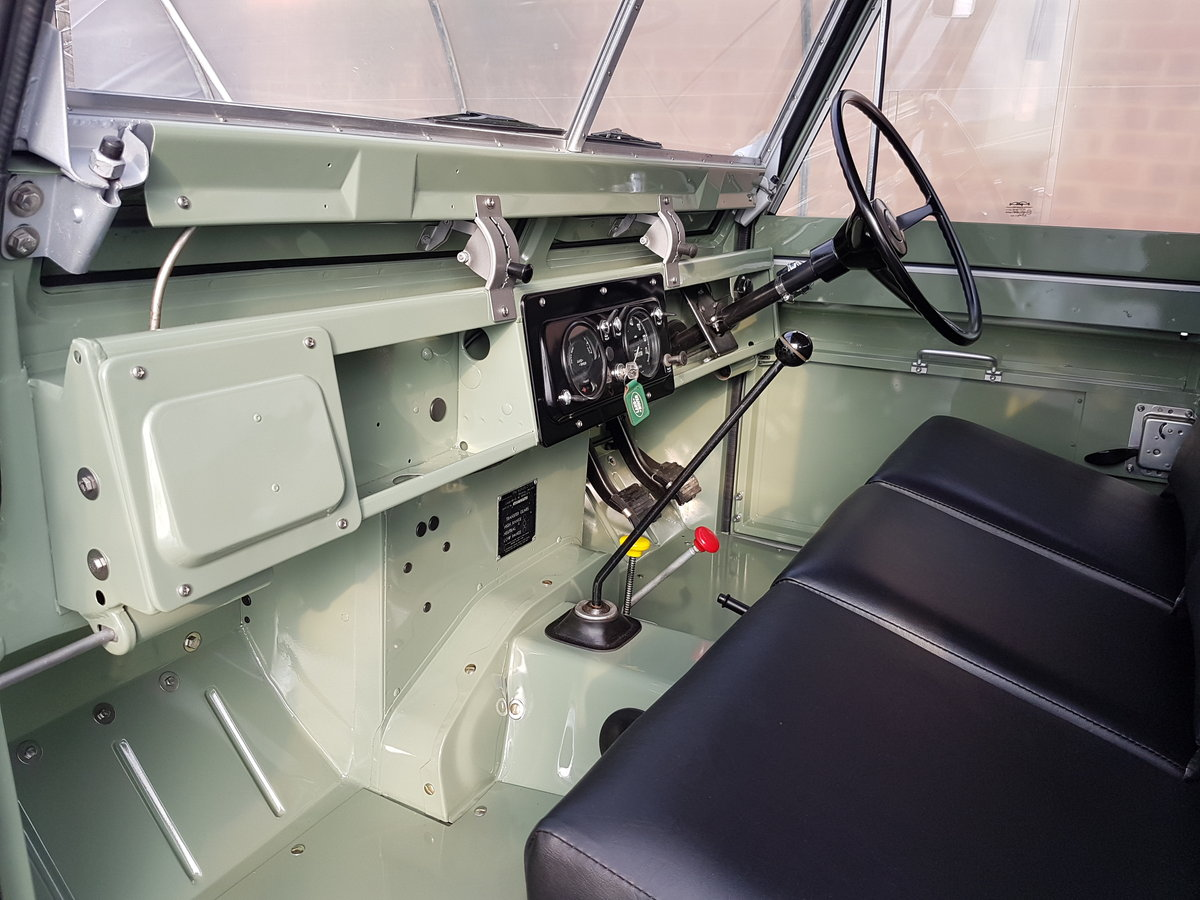 1963 Land rover series 2A full restoration SOLD (picture 4 of 6)