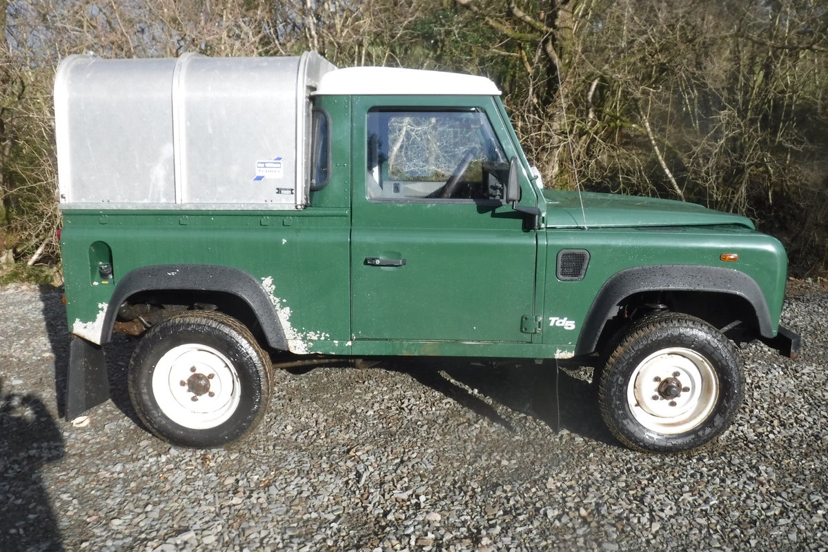 2002 LAND ROVER 90 1 OWNER LOW MILES ALWAYS GARAGED ROT FREE SOLD (picture 3 of 6)