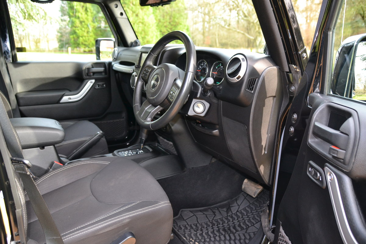 2014 Jeep Wrangler Sahara Unlimited CRD Auto LWB For Sale (picture 3 of 6)