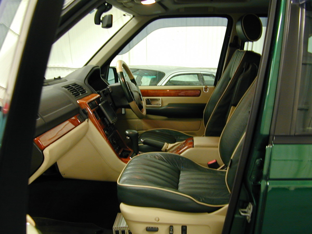2001 RANGE ROVER P38 4.6 30th ANNIVERSARY RHD - FINAL PRODUCTION  For Sale (picture 5 of 6)