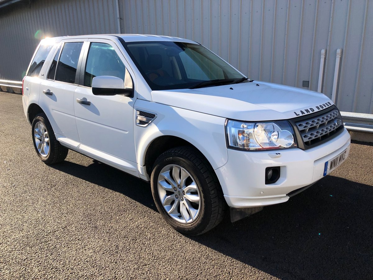 2011  LAND ROVER FREELANDER 2 SD4 XS 5D 2.2 AUTO 190 BHP For Sale (picture 1 of 6)