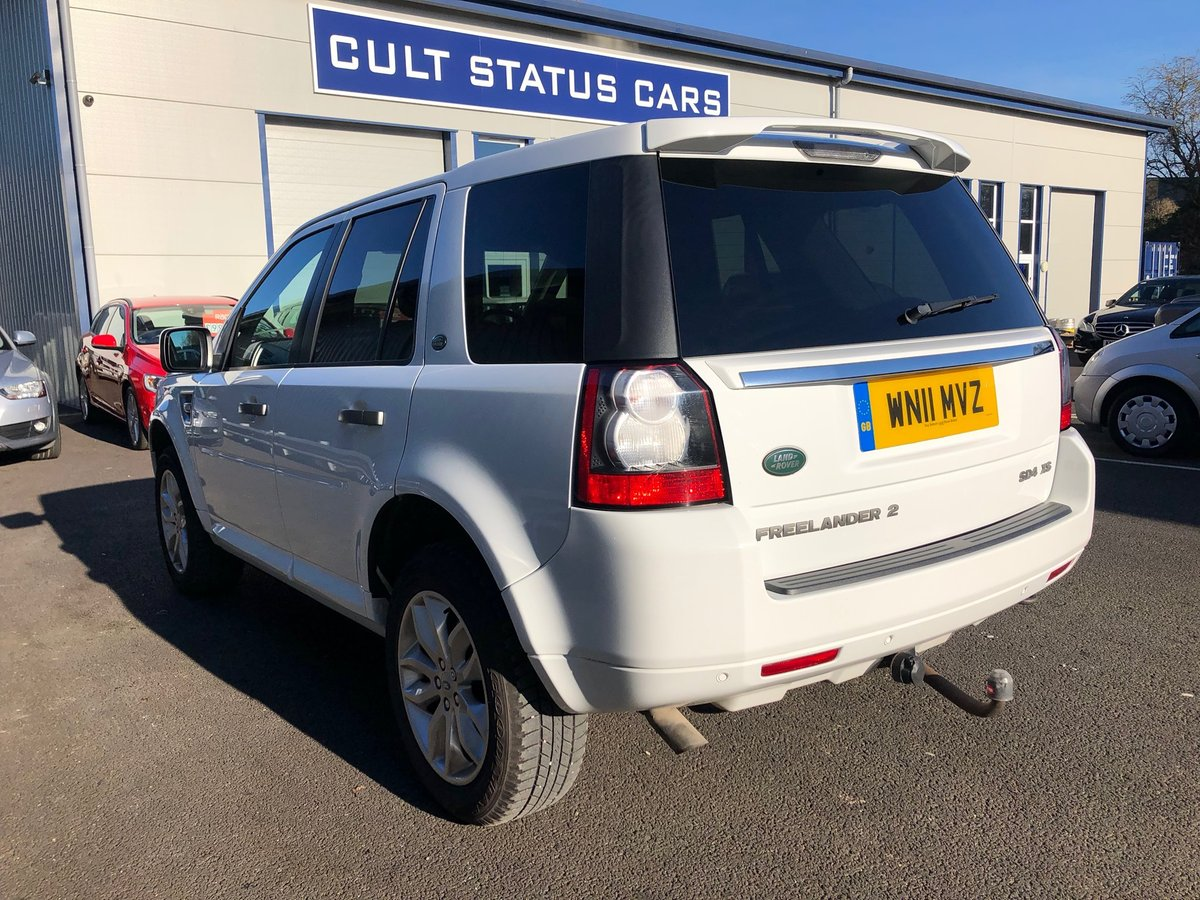 2011  LAND ROVER FREELANDER 2 SD4 XS 5D 2.2 AUTO 190 BHP For Sale (picture 4 of 6)