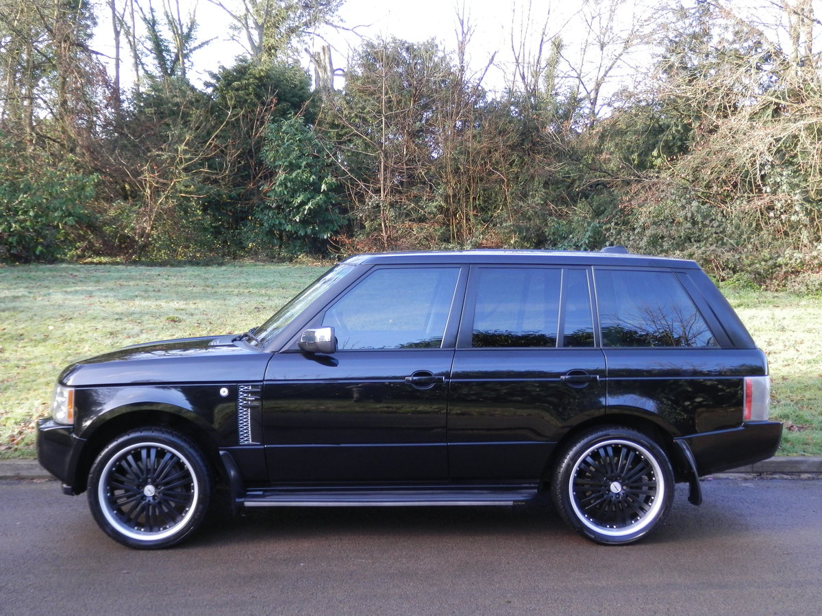 Range Rover Vogue TDV8 Auto.. Fully Loaded Top Spec SOLD (picture 1 of 6)