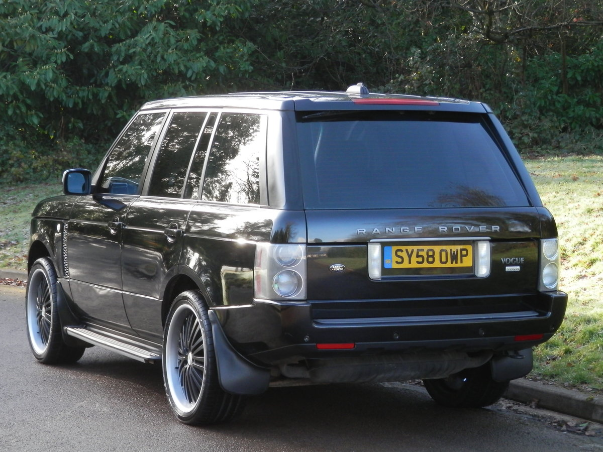 Range Rover Vogue TDV8 Auto.. Fully Loaded Top Spec SOLD (picture 5 of 6)