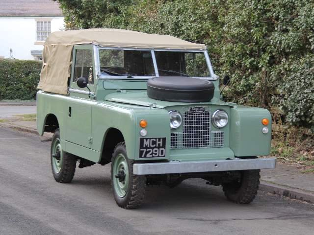 1966 Land Rover Series 2A SWB 88 - Beautifully restored For Sale (picture 1 of 6)