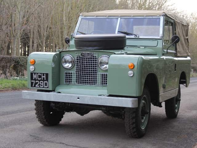 1966 Land Rover Series 2A SWB 88 - Beautifully restored For Sale (picture 2 of 6)