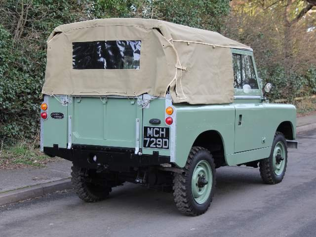 1966 Land Rover Series 2A SWB 88 - Beautifully restored For Sale (picture 3 of 6)