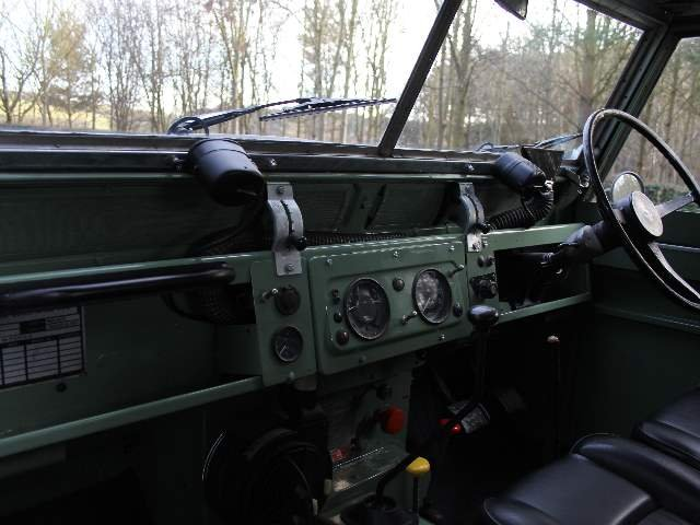 1966 Land Rover Series 2A SWB 88 - Beautifully restored For Sale (picture 4 of 6)