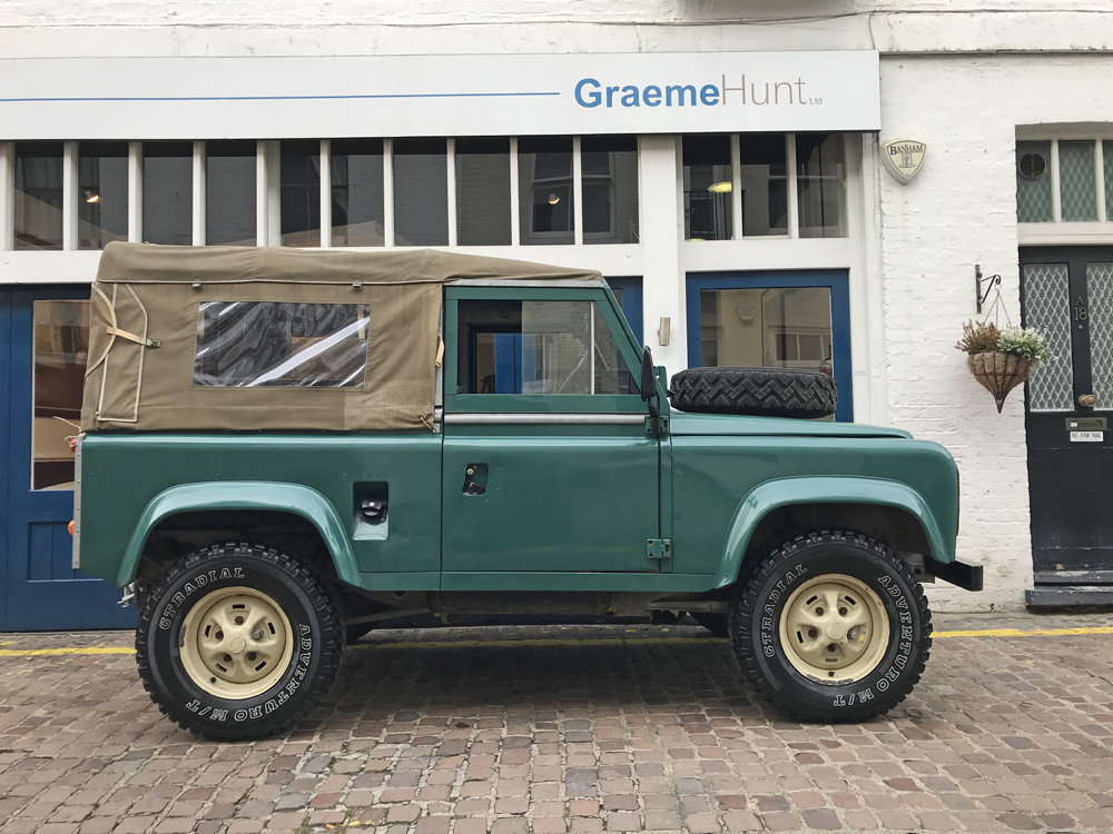 1984 Land Rover Defender Soft Top SOLD (picture 3 of 6)