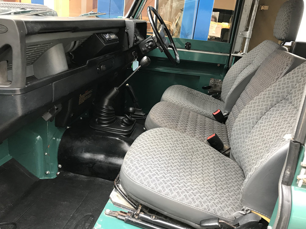 1984 Land Rover Defender Soft Top SOLD (picture 4 of 6)