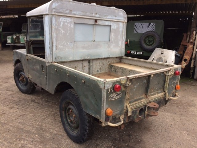 1954 Series 1 86 inch Truck Cab Land Rover for Restoration  For Sale (picture 3 of 6)