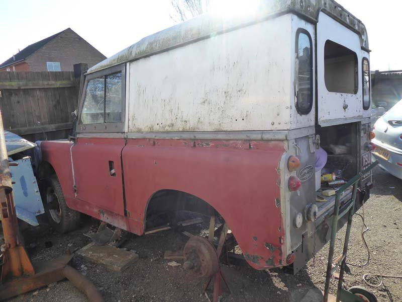 1967 Auction of One Owner Collection Cars & Landrovers & Spares SOLD by Auction (picture 4 of 5)