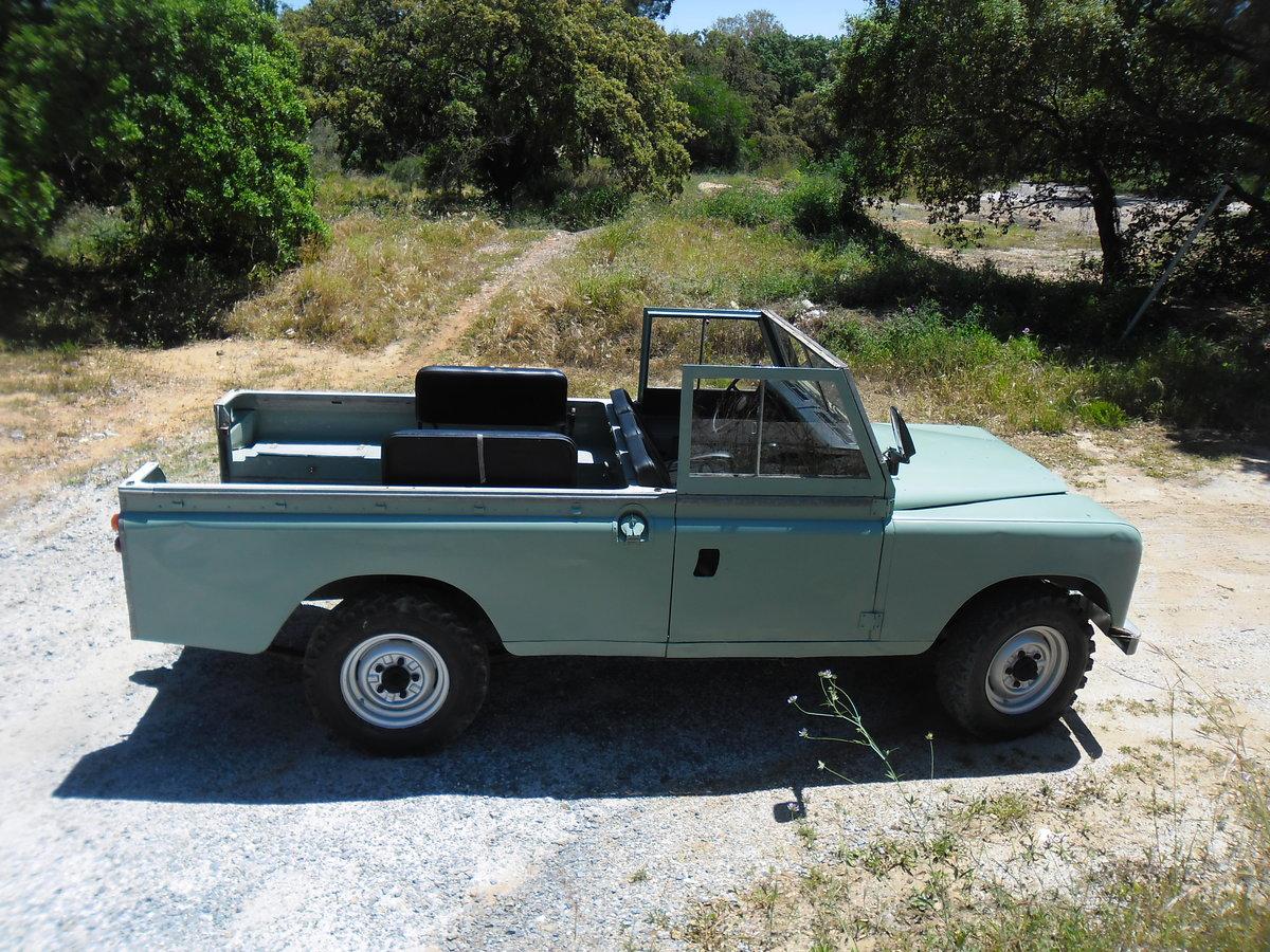 1979 Land Rover Defender /Santana 109 2 Door Long Wheel Base For Sale (picture 3 of 6)