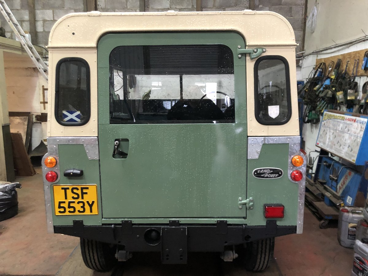 1983 Land Rover Series 3 galvanised chassis/doors. Restored SOLD (picture 2 of 6)
