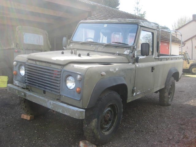1986 Land Rover 110 Military Winterised Truck Cab For Sale (picture 2 of 6)