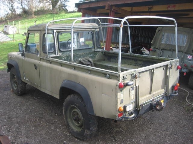 1986 Land Rover 110 Military Winterised Truck Cab For Sale (picture 3 of 6)