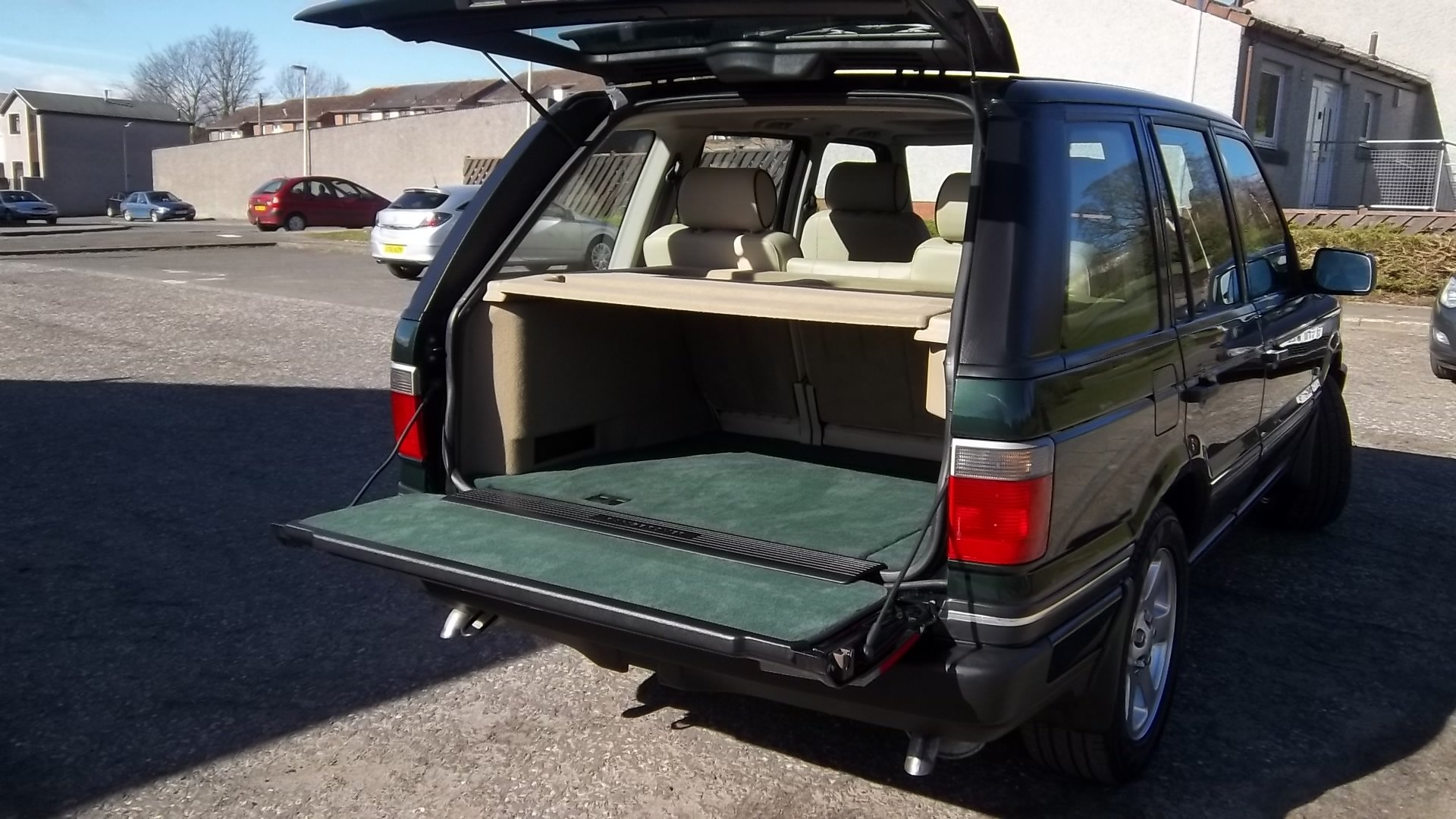 RESTORED 2001(51) Land Rover Range Rover P38 Vogue For Sale (picture 3 of 6)