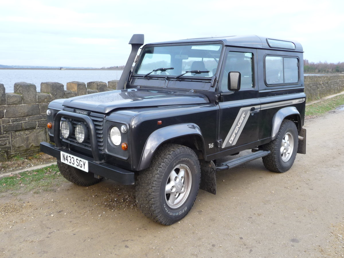 """1996 DEFENDER 90 – """"COUNTY"""" SPEC For Sale (picture 1 of 6)"""