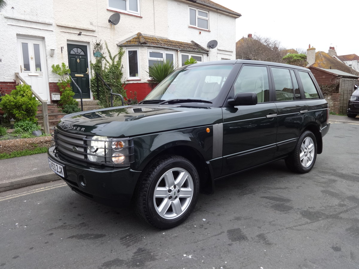 2004 RangeRover Vogue 4.4 V8 Low mileage 1 owner SOLD (picture 1 of 6)