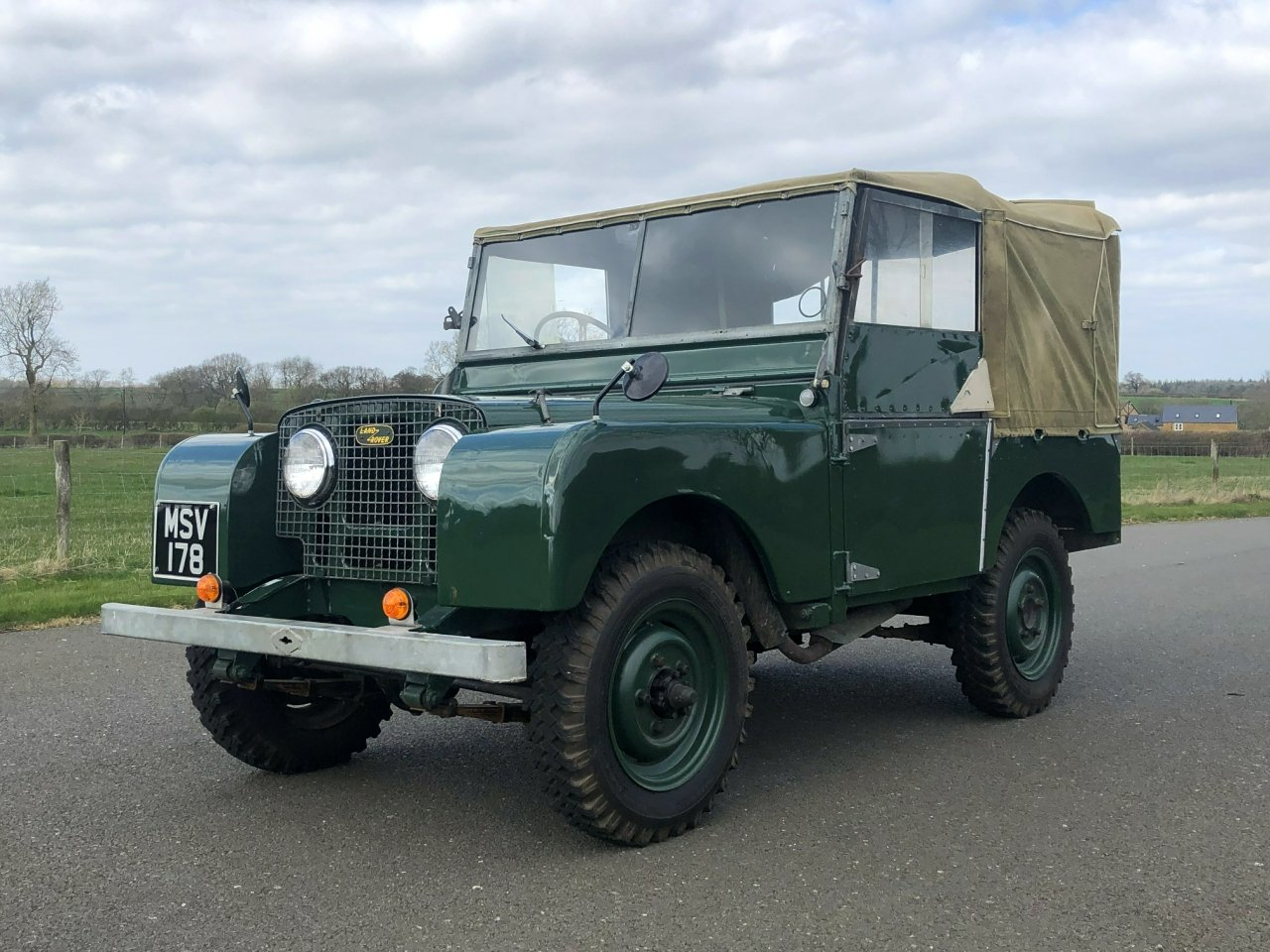 1951 Land Rover Series 1 80 SOLD (picture 1 of 6)
